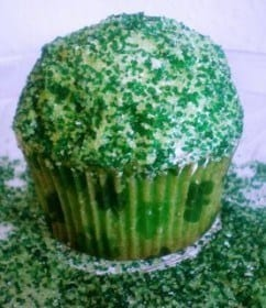 Green Velvet Cupcakes with Bailey's Irish Cream Frosting | JavaCupcake.com