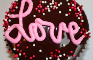 Tips & Tricks: Valentine's Day cupcake decorating ideas