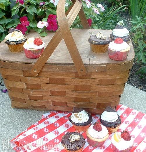 Ask the Baker: Liz from Hoosier Homemade | JavaCupcake.com