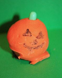 Pumpkin Cake Balls & Pops | JavaCupcake.com