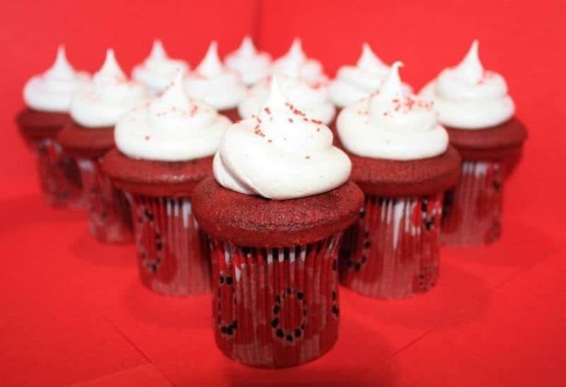 Red Velvet Cupcakes | JavaCupcake.com