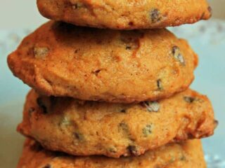 Pumpkin Chocolate Chip Cookies | JavaCupcake.com