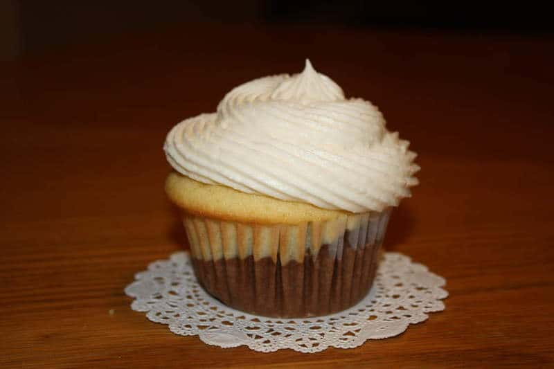 Marble Cupcakes with Marble Cream Cheese Frosting - Will Cook For ...