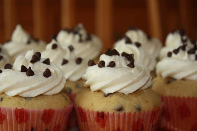 Chocolate Chip Pancake With Maple Syrup Buttercream | JavaCupcake.com