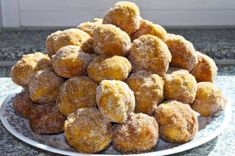 Pumpkin Donut Holes | JavaCupcake.com