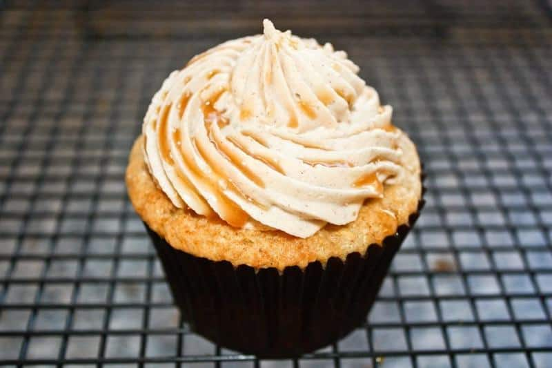 Apple Cinnamon Cupcakes-4