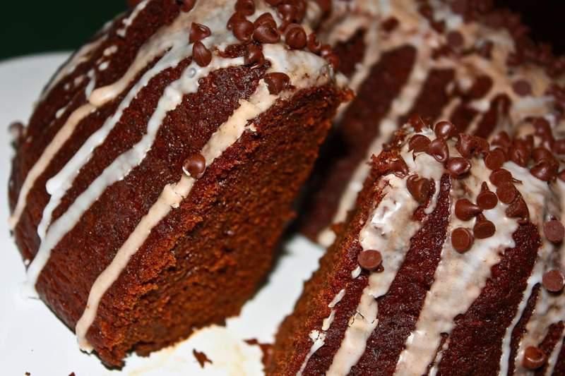 Pumpkin & Chocolate Bundt Cake with a Cinnamon Glaze