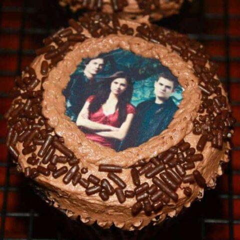 Vampire Diaries Cupcakes