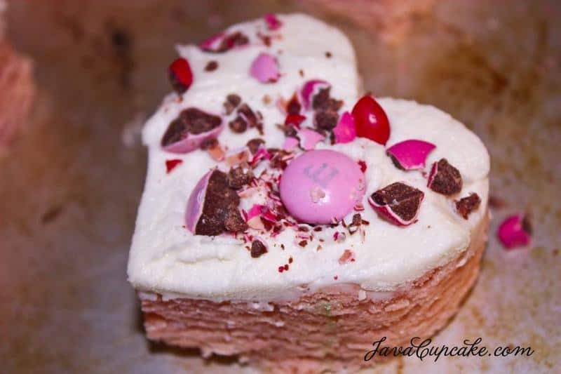 Sweetheart Sugar Cookie Bars | JavaCupcake.com