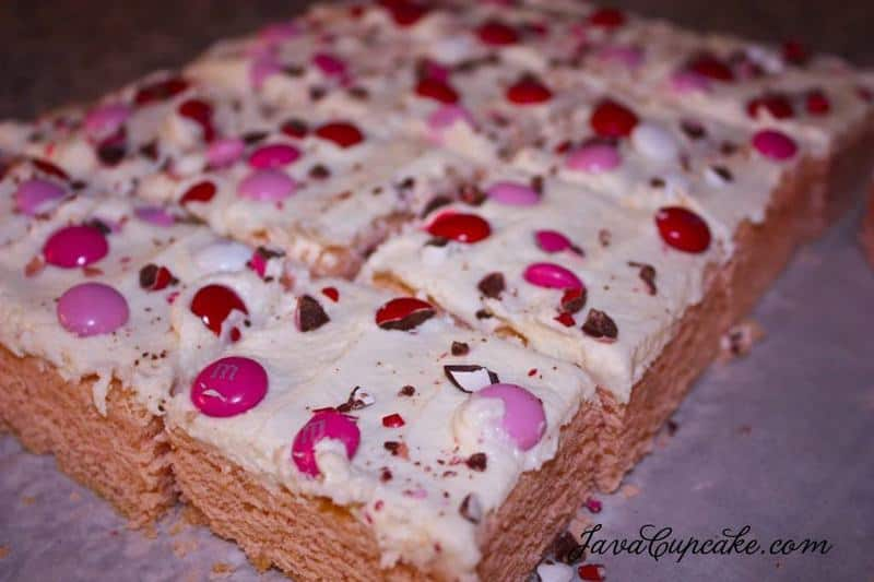Sweetheart Sugar Cookie Bars | JavaCupcake.com
