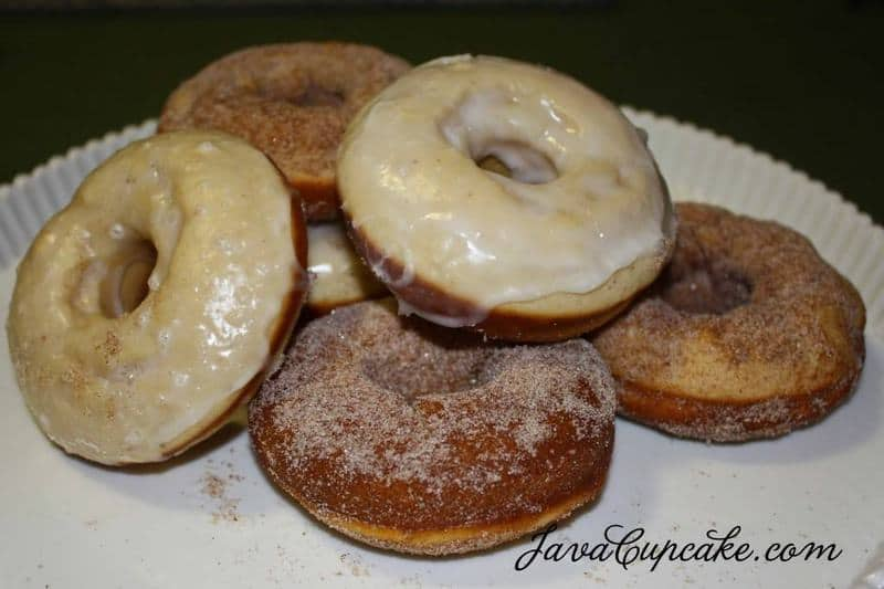 Baked Sour Cream Doughnuts | JavaCupcake.com