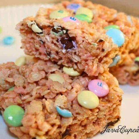 Strawberry M&M Rice Krispy Treats