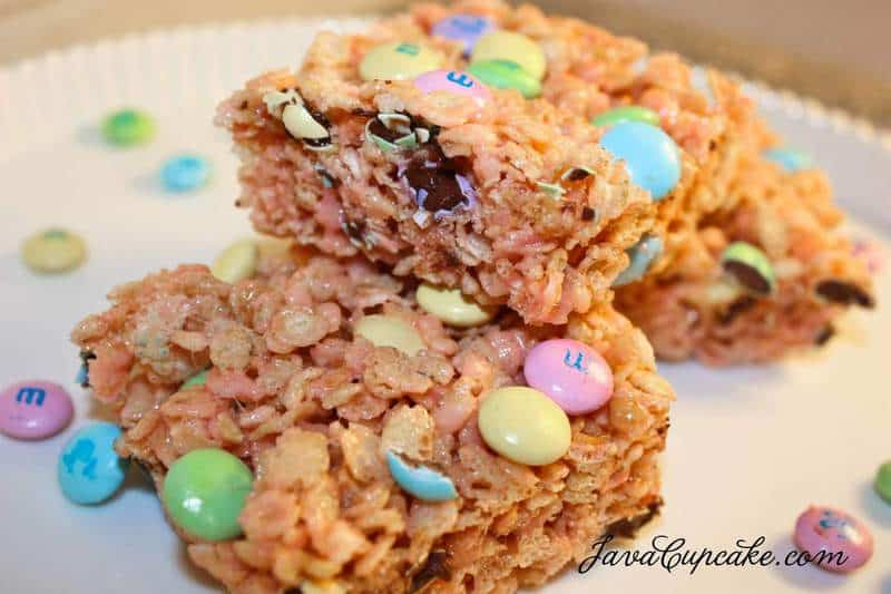Strawberry M&M Rice Krispy Treats