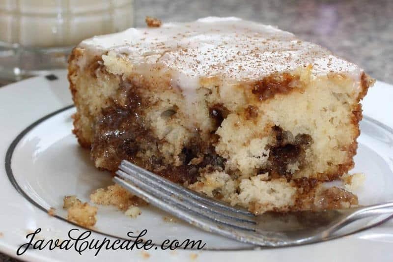 Cinnamon Breakfast Cake | JavaCupcake.com