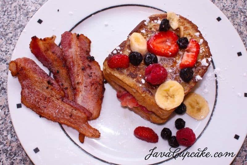 Fresh Fruit Stuffed French Toast | JavaCupcake.com