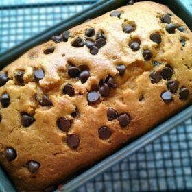 Pumpkin Chocolate Chip Bread | JavaCupcake.com