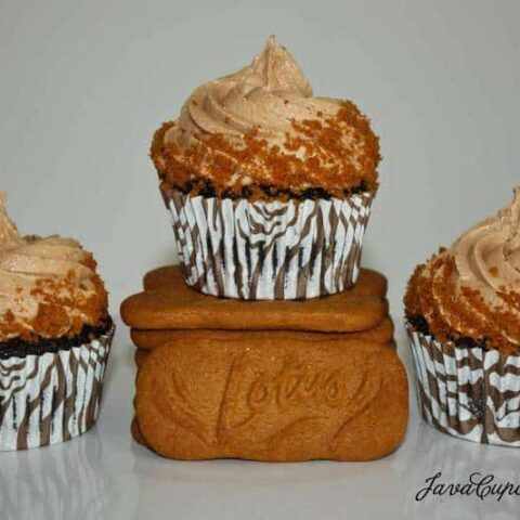 Chocolate Cupcakes with Biscoff Milka Cream Cheese Frosting
