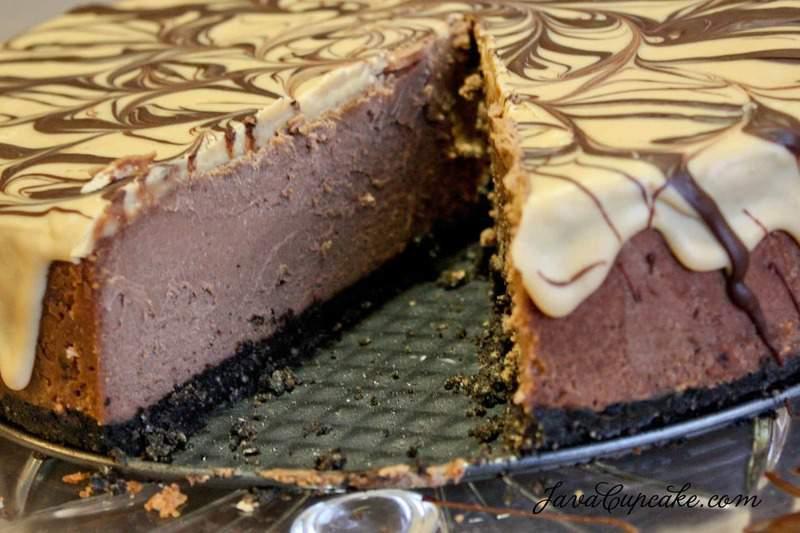 Peanut Butter Chocolate Cheesecake - JavaCupcake