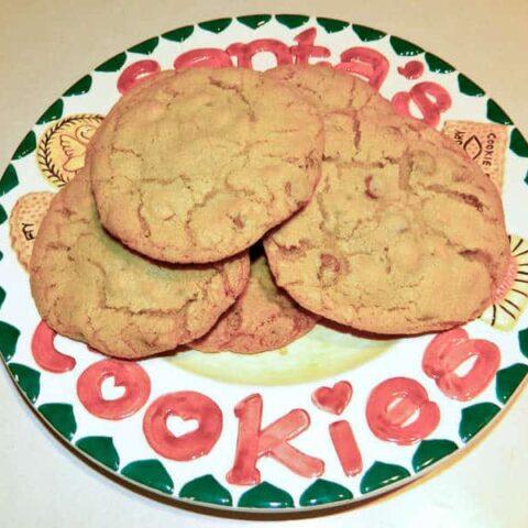 Lisa's Jumbo Chocolate Chip Cookies