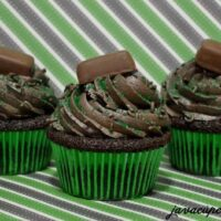 "Chocolate Mint ""Frango"" Cupcakes"