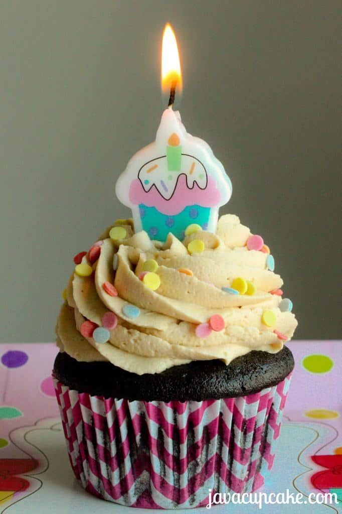 Birthday Cake Ideas With Cupcakes : PB&J Chocolate Birthday Cupcakes - JavaCupcake