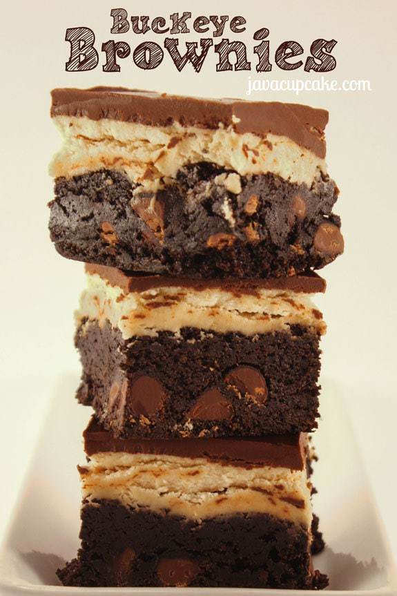 Buckeye Brownies by JavaCupcake.com - Rich, dark chocolate brownie topped with peanut butter and chocolate #brownies #buckeye #peanutbutter