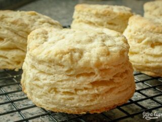 Buttermilk Biscuits | JavaCupcake.com