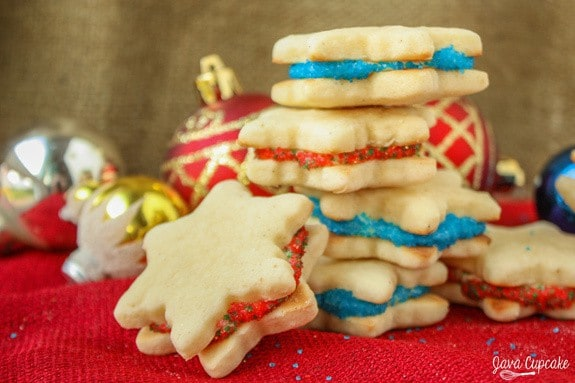 Eggnog Cookies - Eggnog flavored cutout cookies filled with an eggnog frosting | JavaCupcake.com