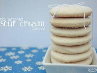 Old-Fashioned Sour Cream Cookies | JavaCupcake.com #BringtheCOOKIES