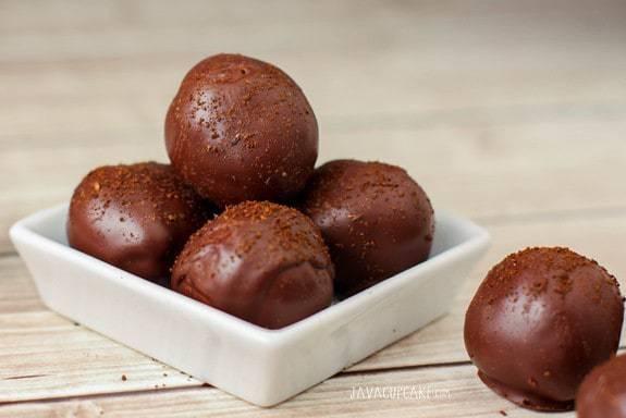 Espresso Truffles: Espresso ganache covered in dark chocolate and sprinkled with ground espresso beans!  | JavaCupcake.com