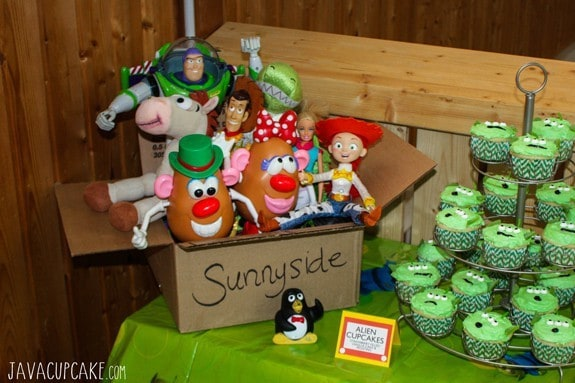 Toy Story Party Dessert Table: DIY Sunnyside Toy Box | JavaCupcake.com