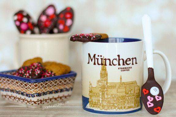 Valentine Chocolate Dipped Biscoff Cookies & Spoons | JavaCupcake.com