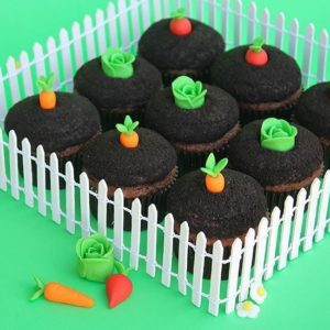 Garden-themed cupcakes by Make. Bake. Celebrate for Better Homes & Gardens