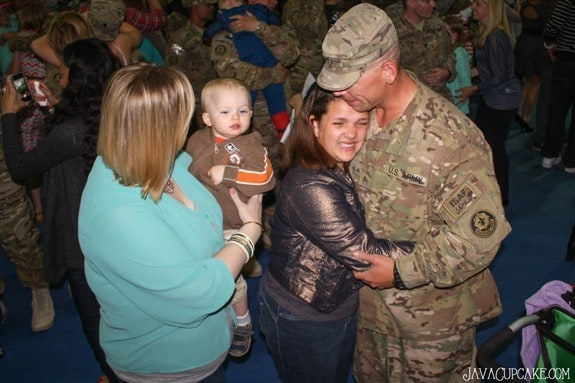 Emily welcomes home her Father after his 3rd deployment | JavaCupcake.com