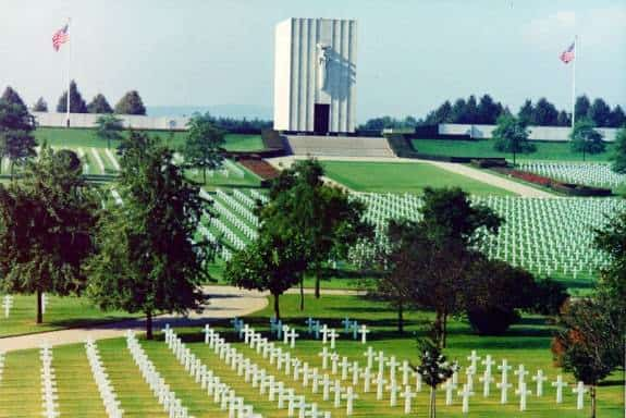 Lorraine_American_Cemetery_and_Memorial_3
