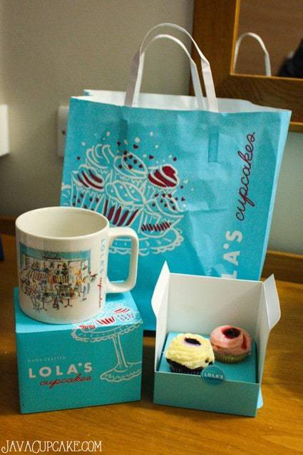 {Review} Lola's Cupcakes - London, England | JavaCupcake.com