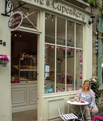 {Review} Bertie's Cupcakery - Paris, France | JavaCupcake.com