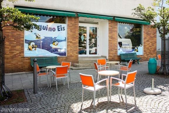 {Review} Pinguino Eis - an Italian Gelato Cafe in Grafenwoehr, Germany | JavaCupcake.com