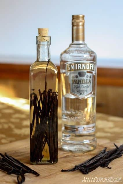 Homemade Vanilla Extract 3 Ways | JavaCupcake.com