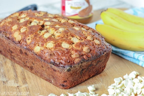 Biscoff White Chocolate Chip Banana Bread | JavaCupcake.com