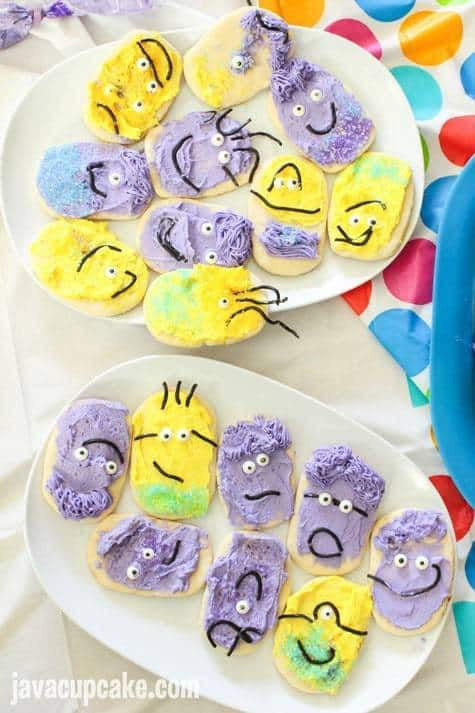 Minion Birthday Party - Minion Cookie Decorating | JavaCupcake.com