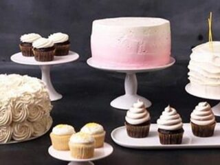 5 Amazingly Simple Cake Decorating Ideas | JavaCupcake.com