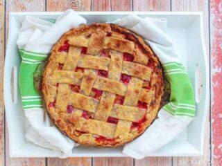 Raspberry Rhubarb Pie | JavaCupcake.com