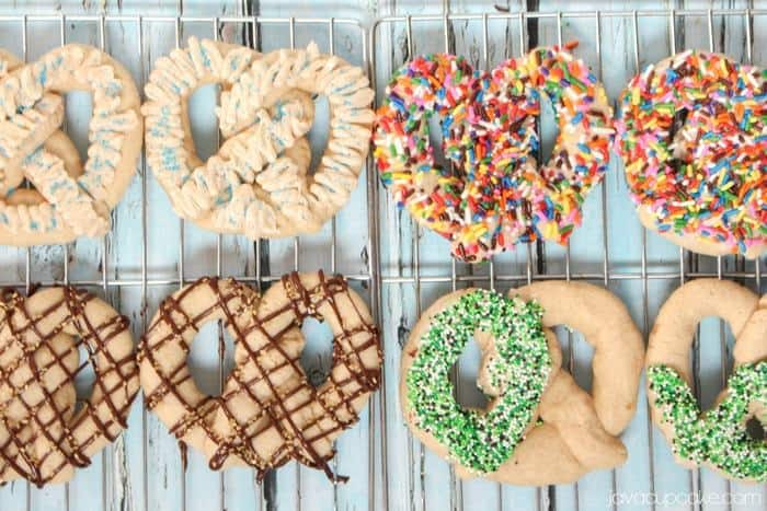 Pretzel Shaped Cinnamon Sugar Cookies