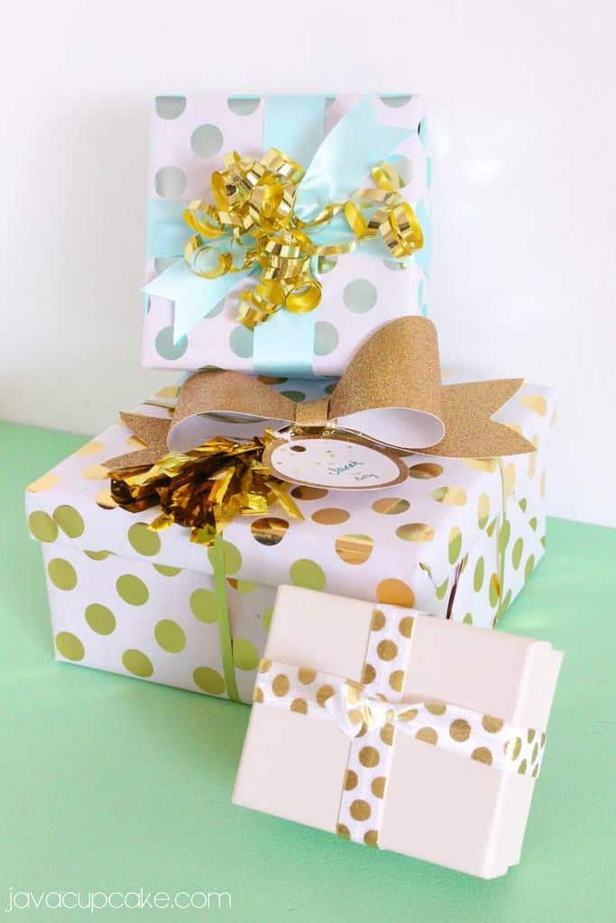 Glitter and Gold Glam Gift Wrapping   JavaCupcake.com