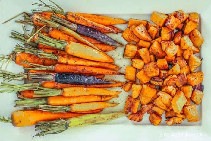 Roasted Carrots and Sweet Potatoes with Garlic Browned Butter | JavaCupcake.com #FallGrilling