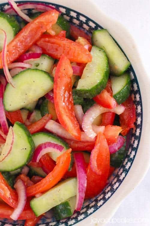 Cucumber Tomato Salad | JavaCupcake.com