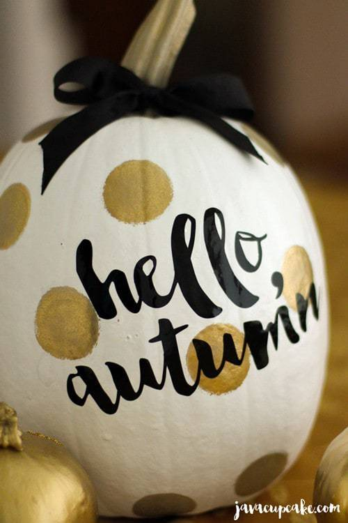 DIY Painted Pumpkins | JavaCupcake.com