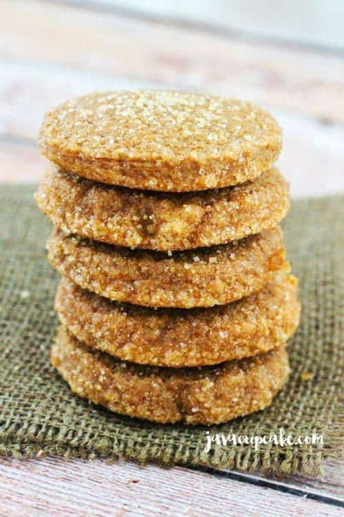 Pumpkin Spice Molasses Cookies | JavaCupcake.com