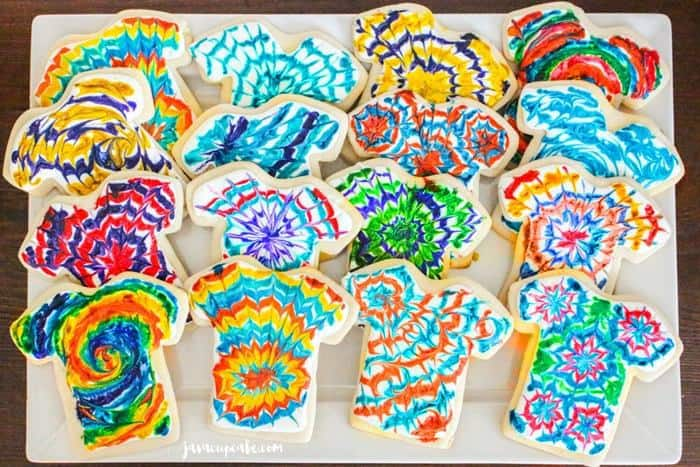 Tie Dye Cookies   JavaCupcake.com #tiedyeparty #tiedye